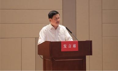 图六 温州职业技术学院校长谢志远发言